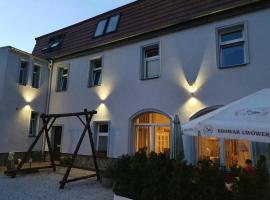 HOTEL ZAUŁEK – hotel w pobliżu miejsca Zamek Czocha w mieście Lubań