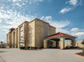 La Quinta by Wyndham Mansfield TX, hotel in Mansfield