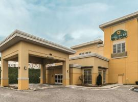 La Quinta by Wyndham Knoxville Central Papermill, hotel in Knoxville