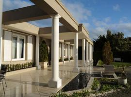 Norwood House Motel & Receptions, accommodation in Mornington