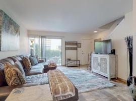 2 Bed 2 Bath Vacation home in Scottsdale, villa in Scottsdale