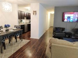 Charming Condo in Central Raleigh, apartment in Raleigh