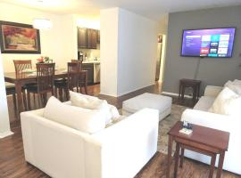 Awesome Condo in Central Raleigh, apartment in Raleigh