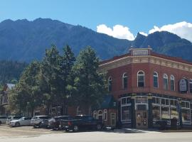 Hotel Ouray - for 12 years old and over, hotel in Ouray
