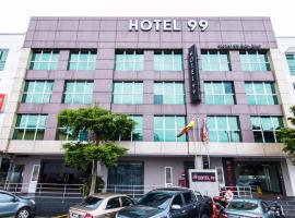 Hotel 99 Bandar Puteri Puchong, hotel in Puchong