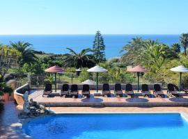 Quinta do Mar - Country & Sea Village, hotel in Luz
