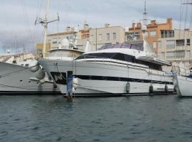 l agathé, boat in Cap d'Agde