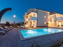B&B Villa Maris, hotel with pools in Punat