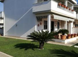 Villa Aurora Mare Spa Piscina, hotel with pools in Anzio