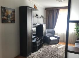 2х комнатные уютные апартаменты, hotel in Pavlodar