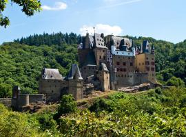 Ferienwohnung zur Burg Eltz, Hotel in der Nähe von: Burg Eltz, Wierschem