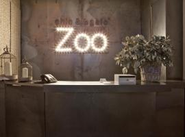Chic & Basic Zoo, hotel in El Born, Barcelona