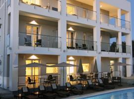 Rooms Villa Oasiss, luxury hotel in Pula