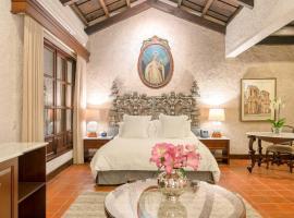 Las Cruces Boutique Hotel, hotel in Antigua Guatemala