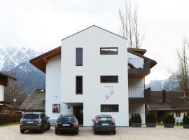 Villa Rienzner, apartment in Dobbiaco