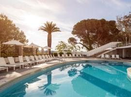 Ilunion Caleta Park, hotel in Sant Feliu de Guíxols