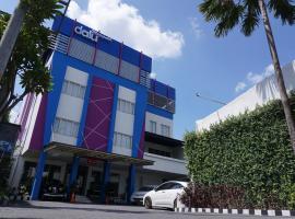Hotel Dalu, hotel near Brown Canyon, Semarang