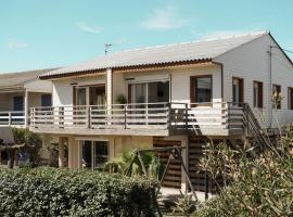 Le Chalet du Papa, beach hotel in Gruissan
