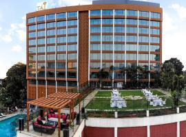 Taj MG Road Bengaluru, hotel in Bangalore