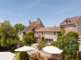 Availles en Chatellerault에 위치한 호텔 Le Pigeonnier du Perron, The Originals Relais (Relais du Silence)