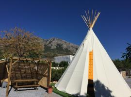 Casa Bella Teepees - Adults Only, luxury tent in Zújar