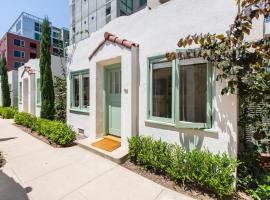 Sonder — The Bungalows, serviced apartment in San Diego