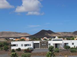Villas Mavadel, resort village in La Oliva