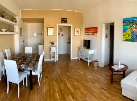 Gold House, hotel in Milano Marittima