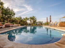 Villa Ses Marjades, hotel near Torre del Pirata, Cala Vadella
