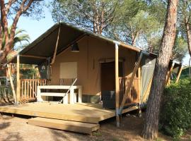 Glamping at Elba, luxury tent in Lacona