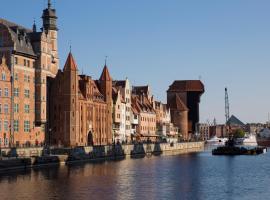 BY THE RIVER apartments, feriebolig i Gdańsk