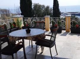 Apartment Karin, luxury hotel in Ičići