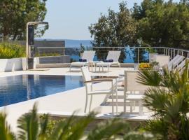 Villas Baotić, hotel with jacuzzis in Trogir