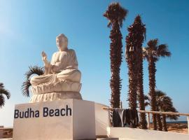 The Budha Beach Hotel, hotel in Santa Maria