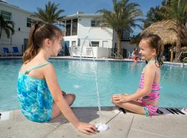 Siesta Key Beach Resort and Suites Tiki & Pool, casa o chalet en Sarasota