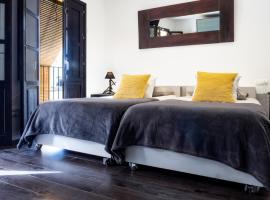 Es Llaüt - PalaceTI, apartment in Ibiza Town