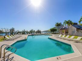 Banyan Harbor Resort #C33 - FREE PARKING - 2BR/1.5BA, hotel near Lihue Airport - LIH,