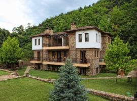 Archontiko Emmanouilidi Suites, ξενοδοχείο κοντά σε Λουτρά Πόζαρ, Κάτω Λουτράκι