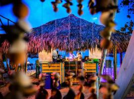 The Wizard & Bar BARU, B&B in Playa Blanca