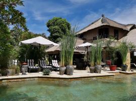 Villa Nyumpene, luxury hotel in Legian
