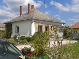 Bochmann Cottage, hotel poblíž významného místa Budhistická stúpa, Zalaszántó