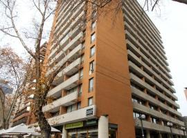 RQ Providencia, hotel cerca de Costanera Center, Santiago