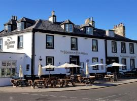 The Harbour House Sea front Hotel, hotel in Portpatrick