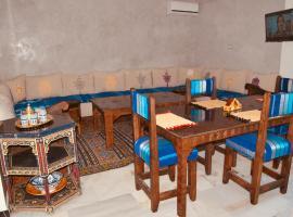 New affordable Berber apartment in Gueliz, appartement à Marrakech