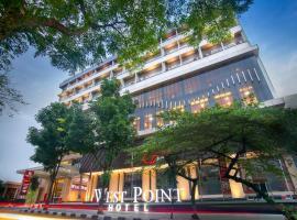 West Point Hotel, hotel near Husein Sastranegara Airport - BDO, Bandung