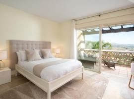 Luxury townhouse La Cala Golf Resort (Golf, Beach, Nature and Amazing views), hotell nära La Cala Golf, La Cala de Mijas