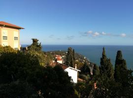 Monaco's Cottage & Spa, hotel near Villa E-1027, Roquebrune-Cap-Martin