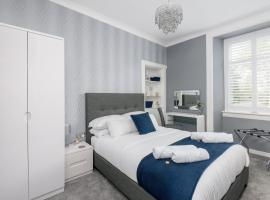 Dunfermline Central Apartments No.10, self catering accommodation in Dunfermline