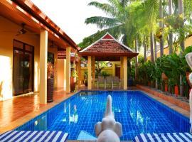 4 Bed Villa Private Pool and BBQ Jomtien Beach ค็อทเทจในหาดจอมเทียน