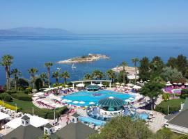 The Grand Blue Sky International - All Inclusive, hotel in Kuşadası